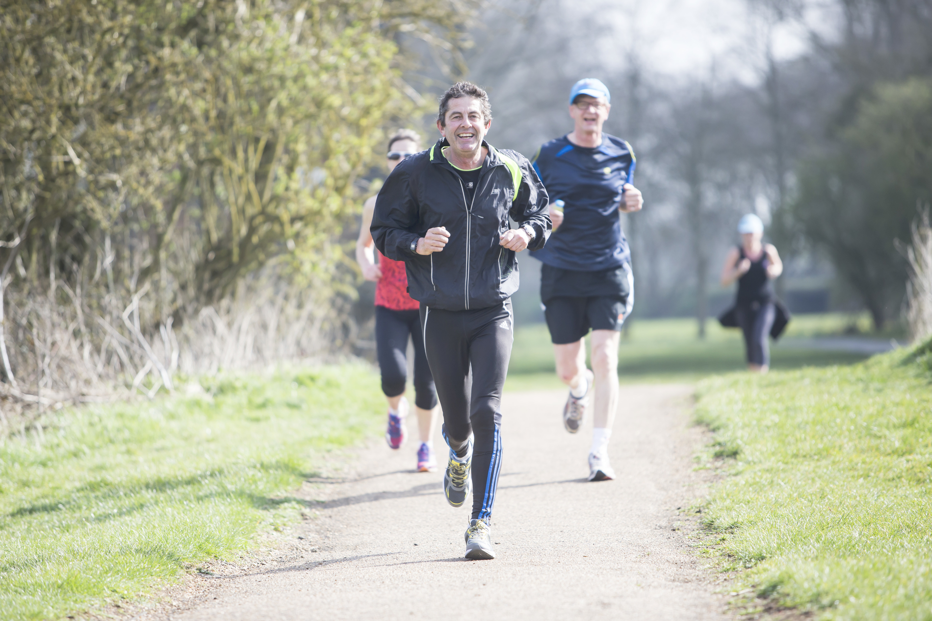 Parks_and_Run-people-running-adults-sport-activity-smile