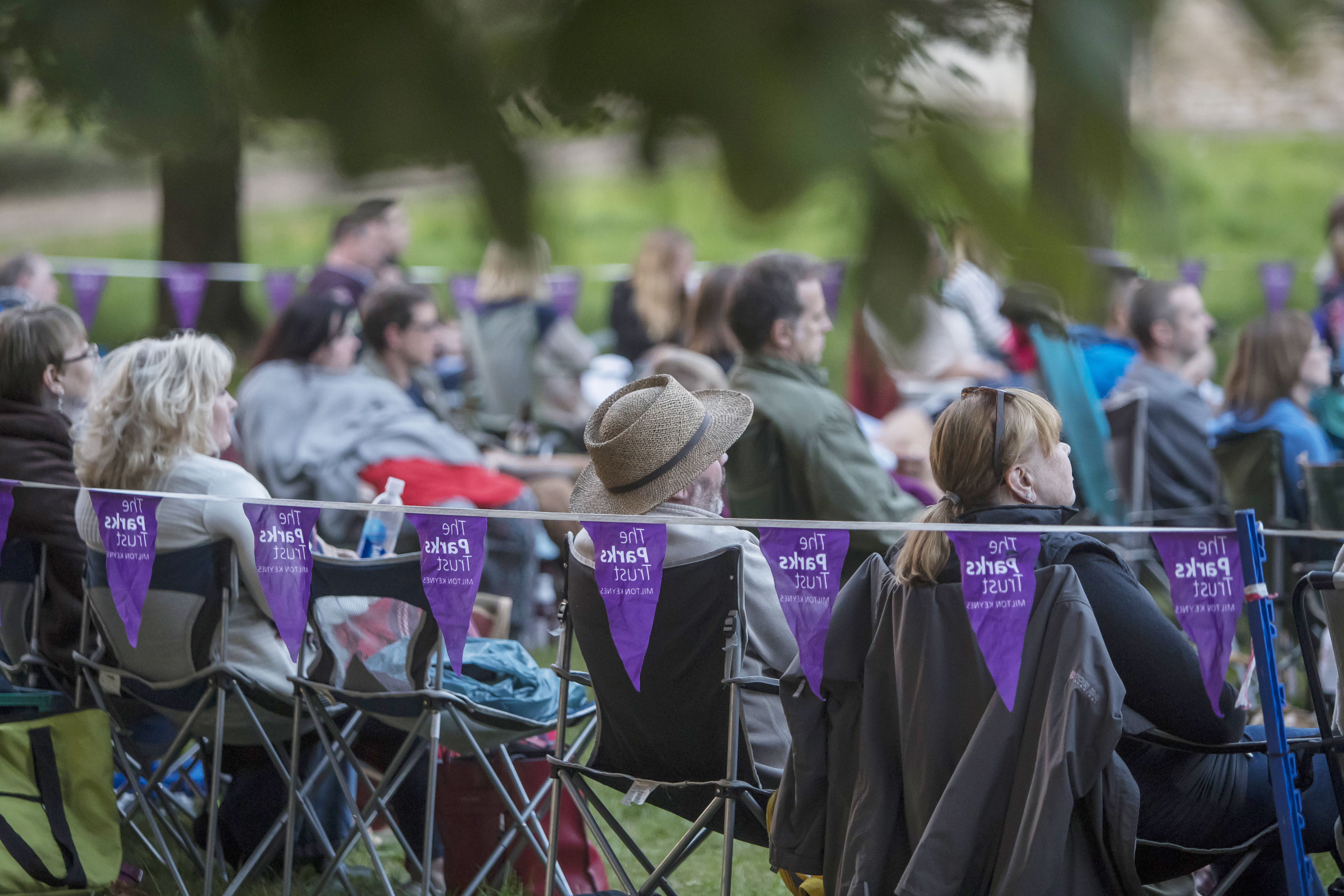 Shakespeare in the Park-Audience-Crowd-Bunting