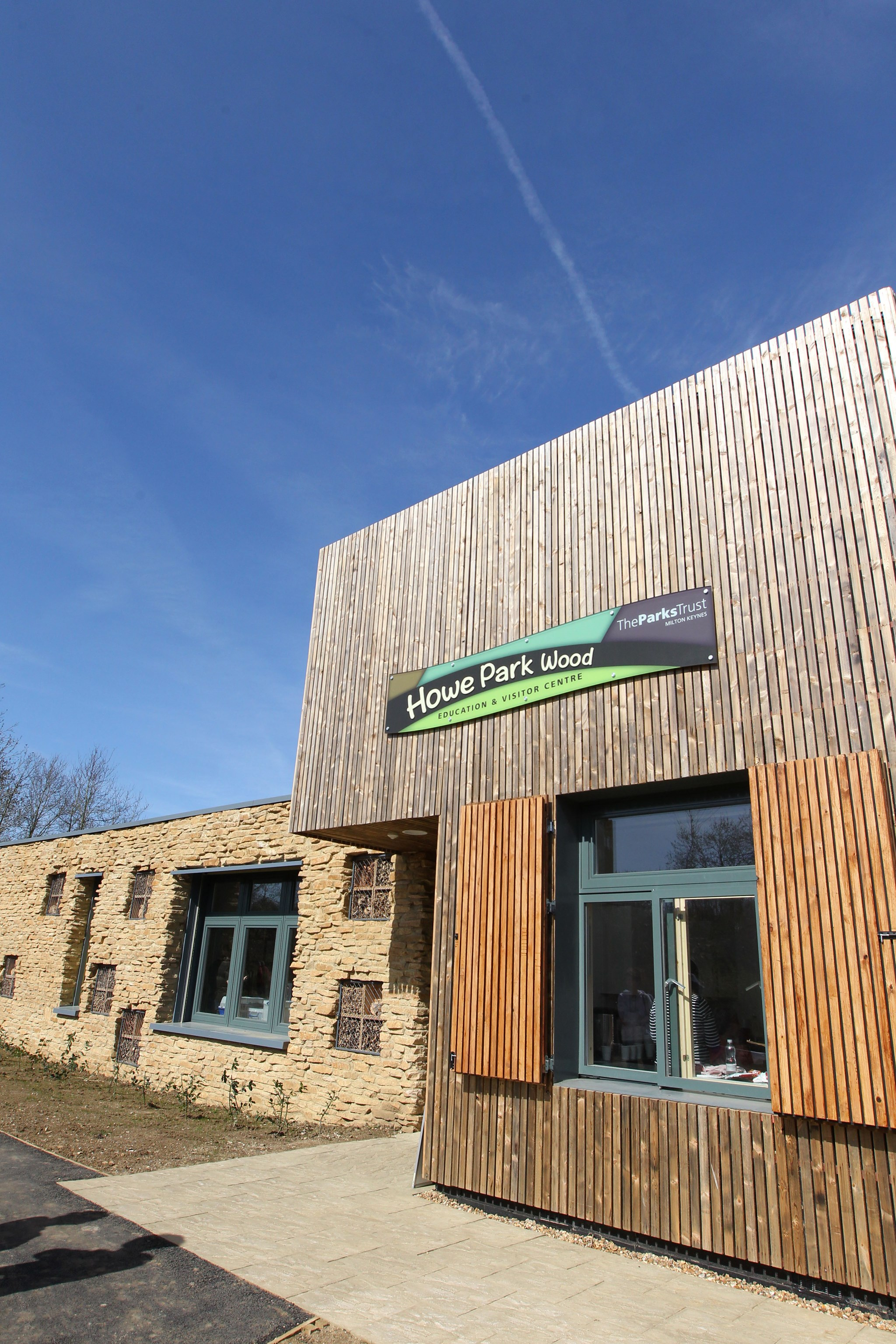 Howe Park Wood Education Centre (2)