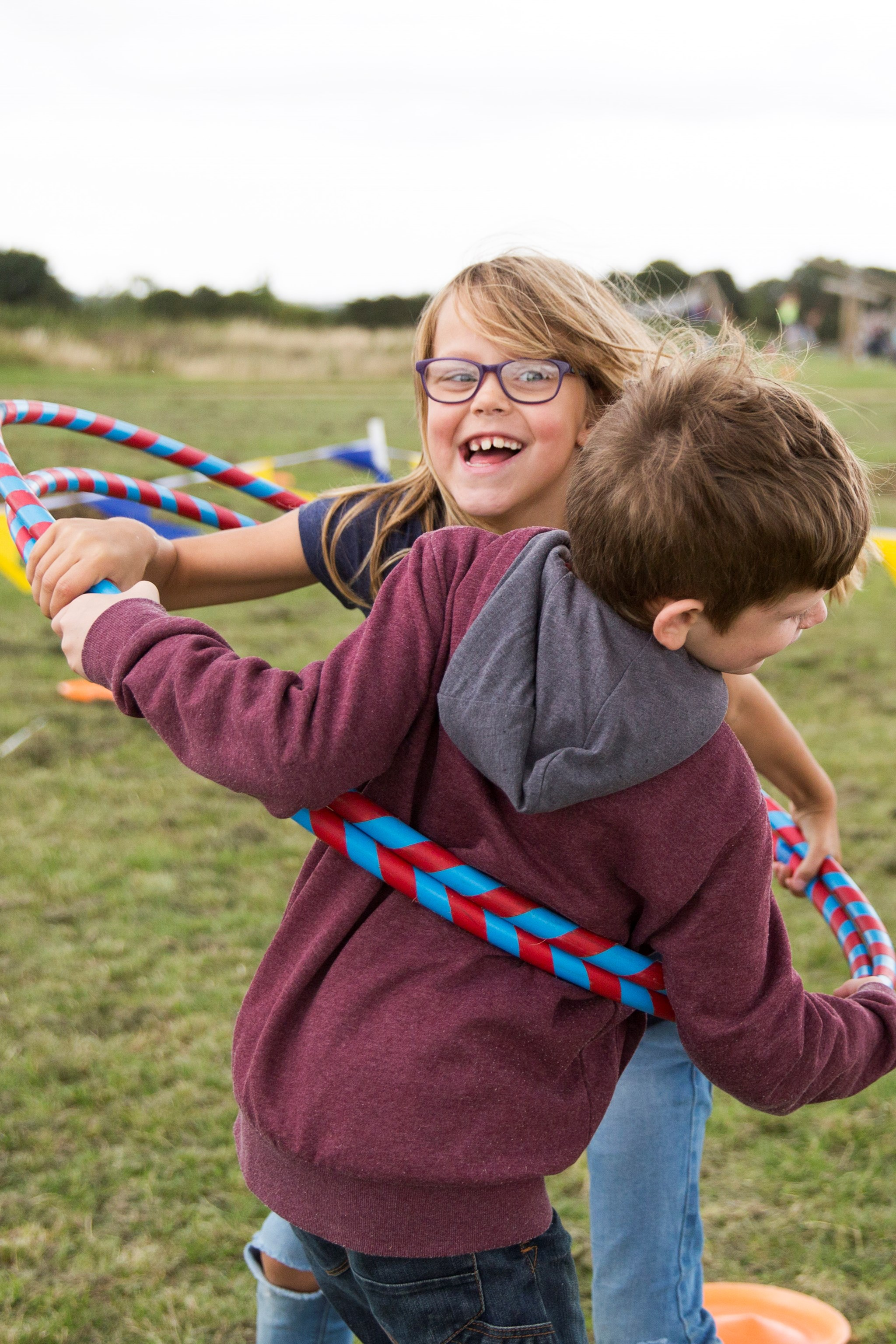 Parkland-Play-Playing-Children-Hula-Hoop (1)