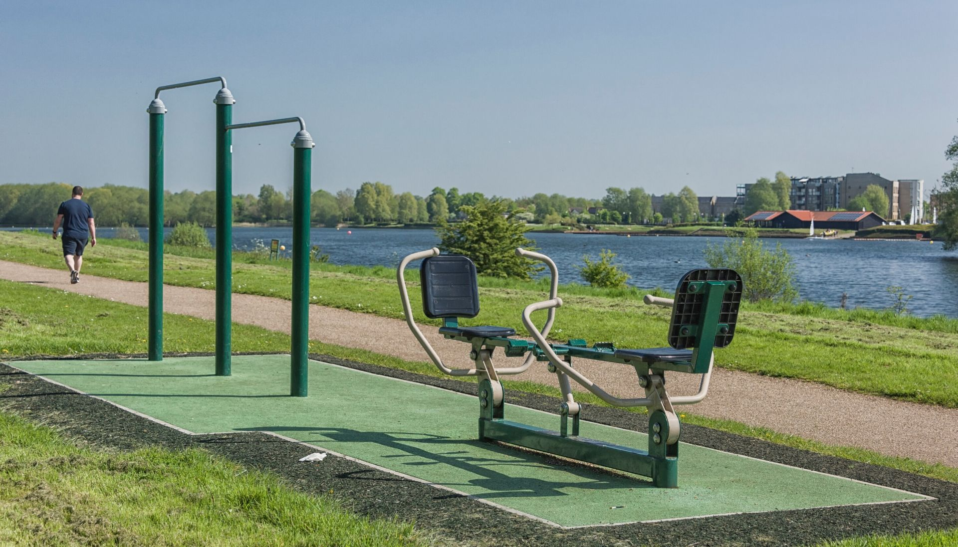 D81_4628Caldecotte Lake Chin Up Bars and Double Rower.jpg