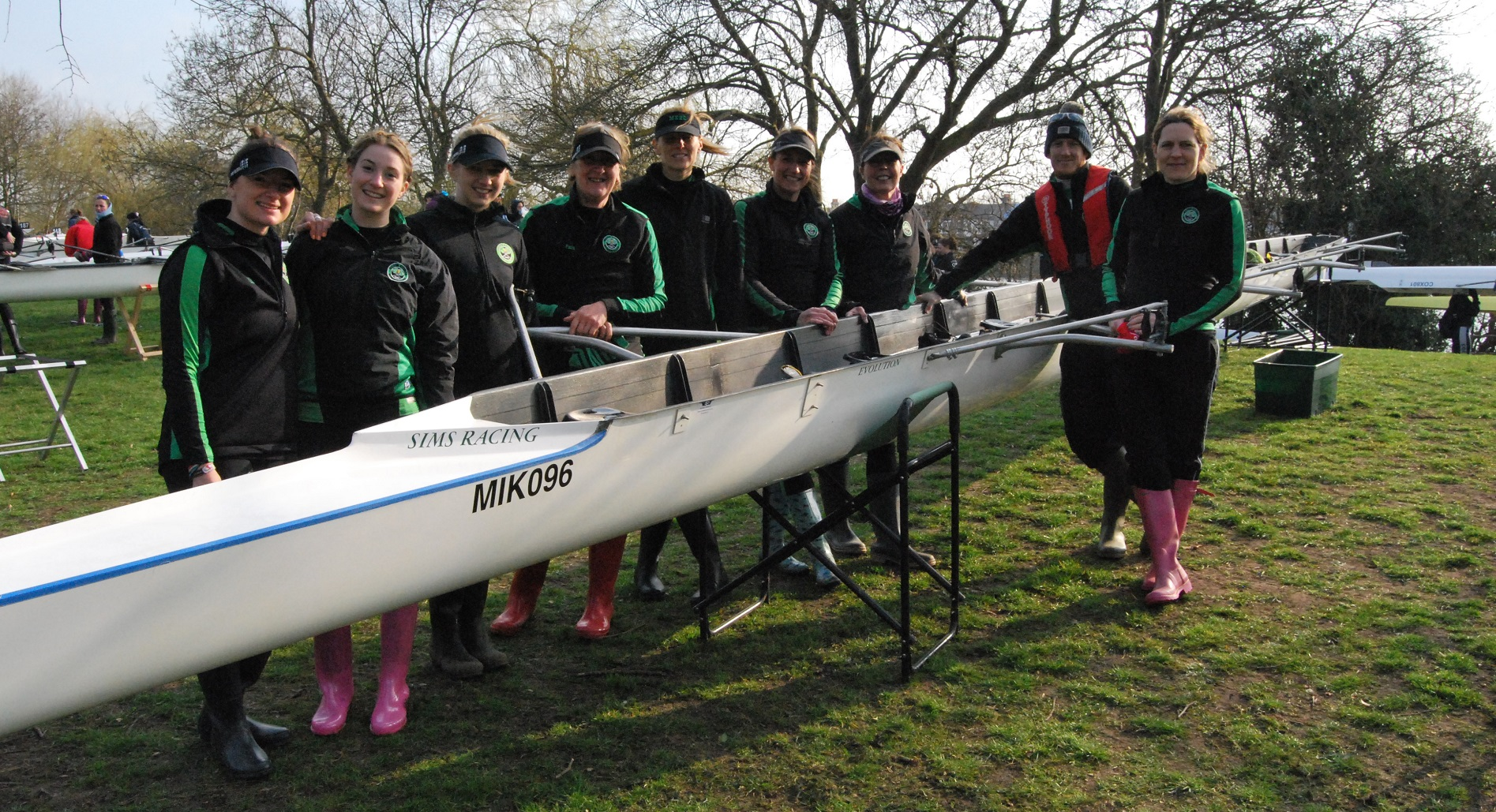 Caldecotte Lake Rowing.jpg